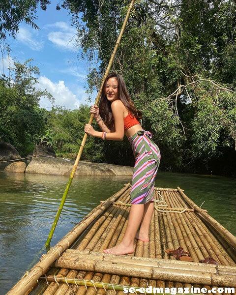 Pompamworld ก็เป็นหนึ่งในสาวที่ชื่นชอบการออกเดินทางท่องเที่ยวที่ชื่นชอบการทำกิจกรรมต่างๆ Outdoor ซึ่งถือได้ว่าเป็นสาวน้อยหน้า